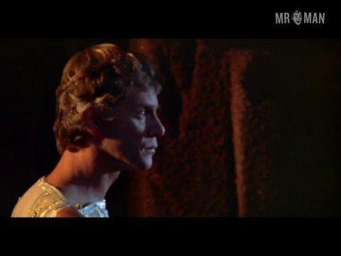 Caligula mcdowell mannari dvd 01 frame 3