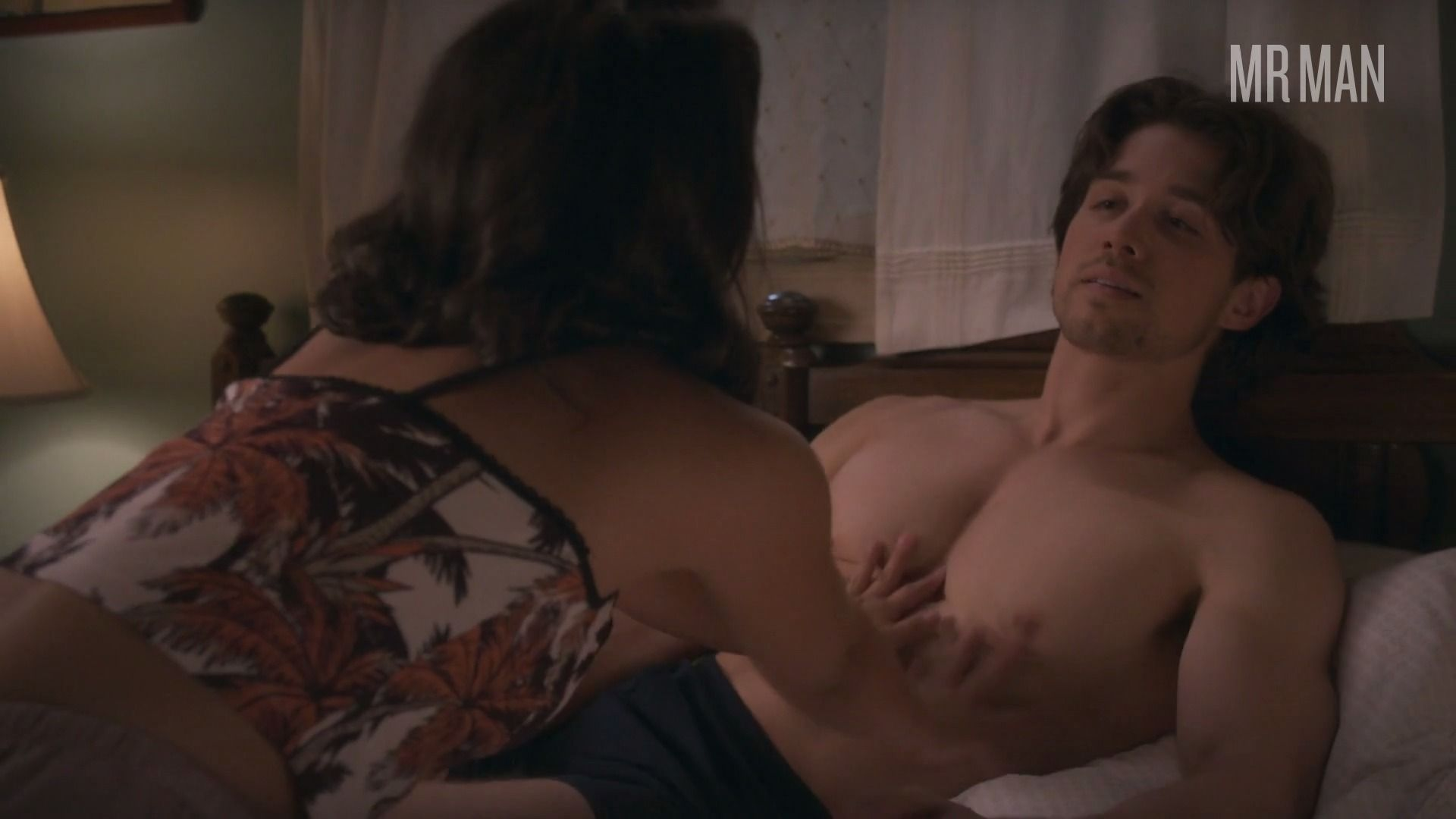 Partyoffive1x04 larracuente hd 01 frame 3 override