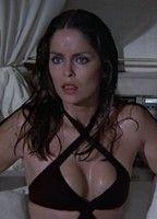 Barbara Bach  nackt