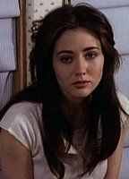 Shannen doherty d7a50b93 biopic
