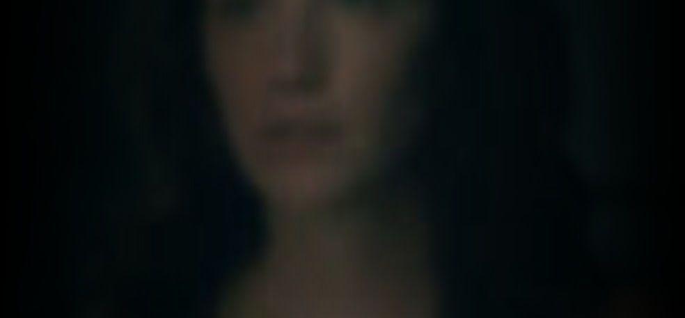 Kate Siegel  nackt