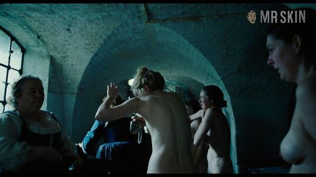 Emma stone nude photos